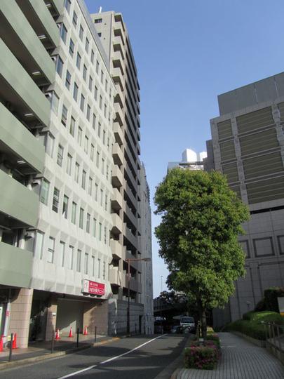パレステュディオ新宿都庁前の外観