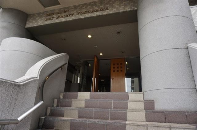 ビッグヴァンベイフロント横浜のエントランス