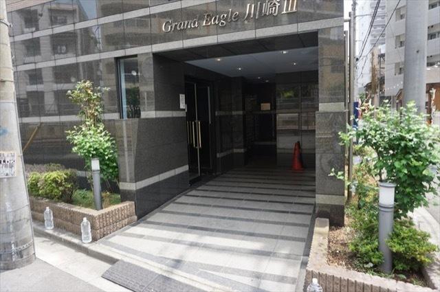 グランイーグル川崎3のエントランス