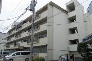 オサダ西新宿マンションの外観