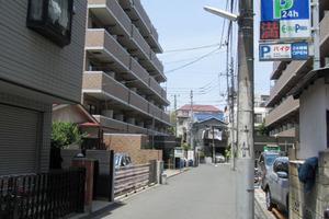 リヴシティ新宿弍番館の外観