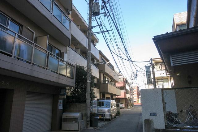 メインステージ幡ヶ谷駅前の外観