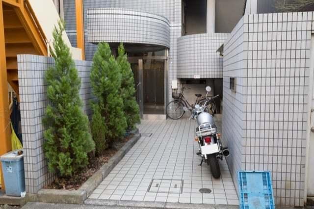 パークサイドヒルズ駒沢のエントランス