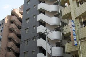 ラグジュアリーアパートメントデュオ神楽坂の外観