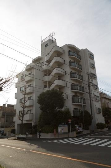 キャニオンマンション駒沢公園の外観