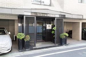 ワコーレ東高円寺のエントランス