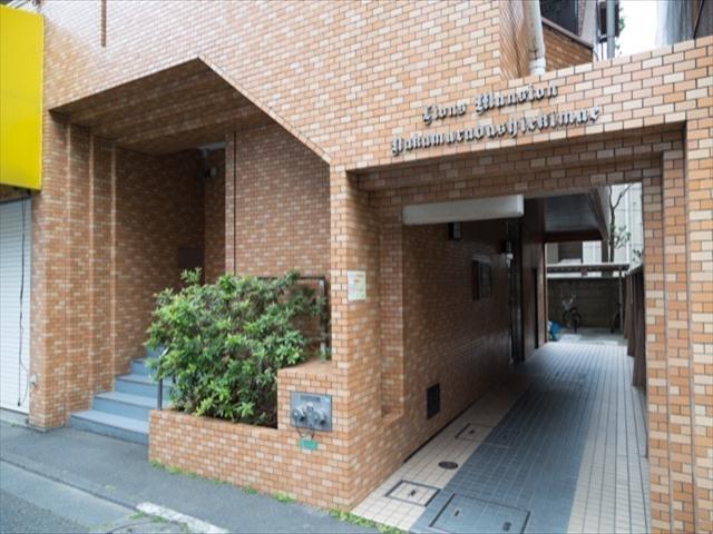 ライオンズマンション中村橋駅前のエントランス