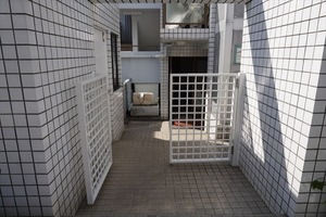 トップルーム新宿のエントランス