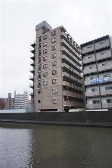 リブぜ横浜ステーションシティの外観