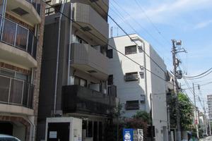 パレステュディオ西新宿の外観