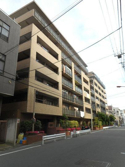 コスモ菊川参番館の外観