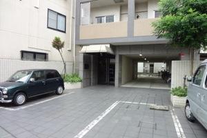 リアントレゾール東京亀有のエントランス