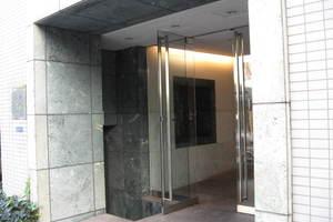 イトーピア白金ステーションプラザのエントランス