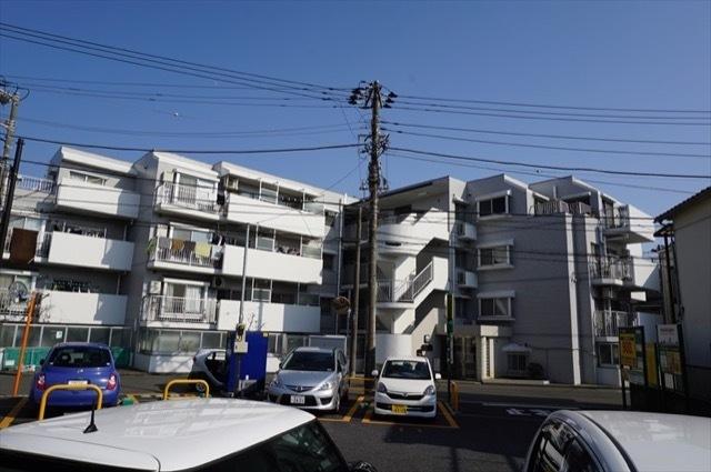コスモ三春台の外観