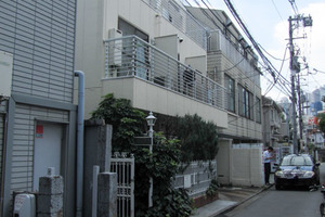 ローゼンハイム(新宿区百人町)の外観