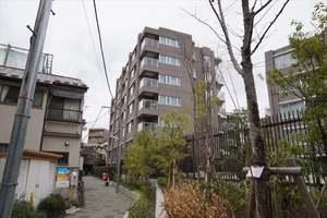インプレスト早稲田弐番館の外観