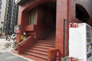 ライオンズマンション新宿第2のエントランス