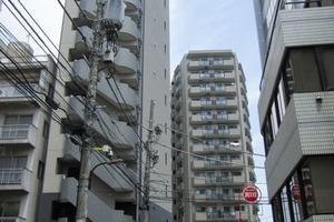 メイクスデザイン東新宿の外観