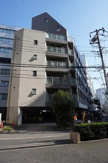 アヴァンツァーレ横浜の外観
