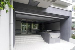 板橋本町グリーンパークのエントランス
