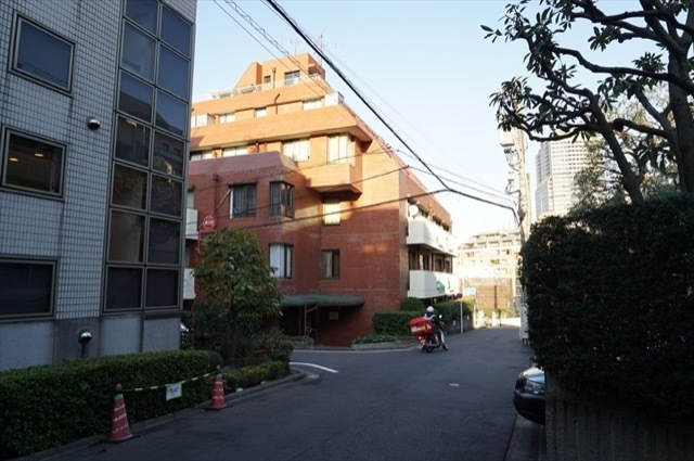 ヴェラハイツ赤坂新坂町の外観