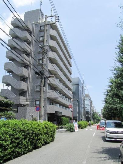 スカイコート新宿第8の外観