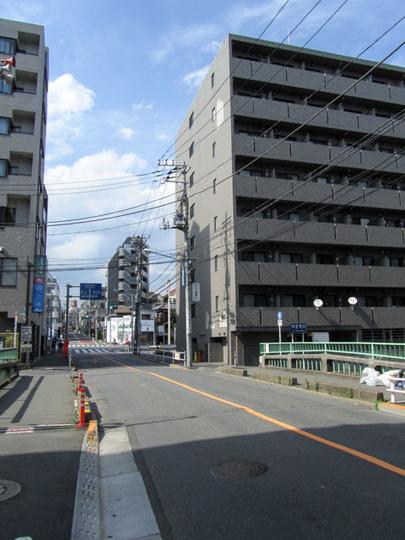 ルーブル高田馬場弐番館の外観