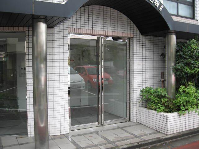 ワールドパレス大井仙台坂2のエントランス
