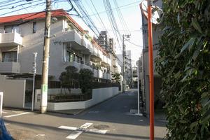 メイゾン初台(渋谷区本町)の外観