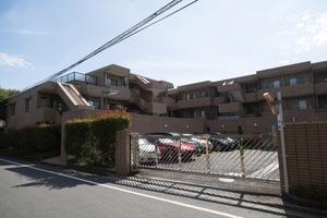浜田山イーストガーデンの外観