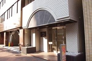 エレガンス飯田橋のエントランス