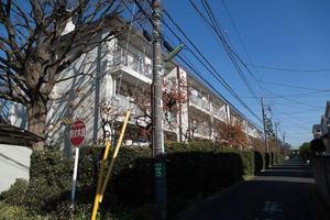 烏山寺町コートの外観