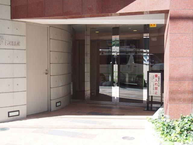 グリーンパーク東京ボーベルのエントランス