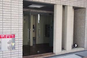 ドルチェ京橋弐番館のエントランス