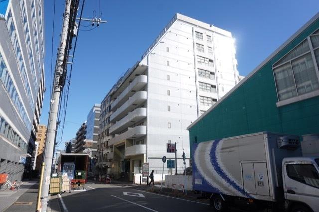 ライオンズプラザ新横浜の外観