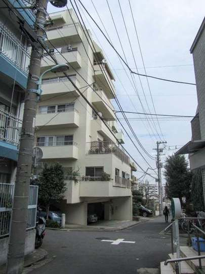 東山スカイマンション(目黒区)の外観