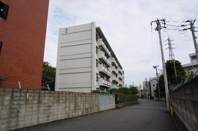 上平間住宅の外観