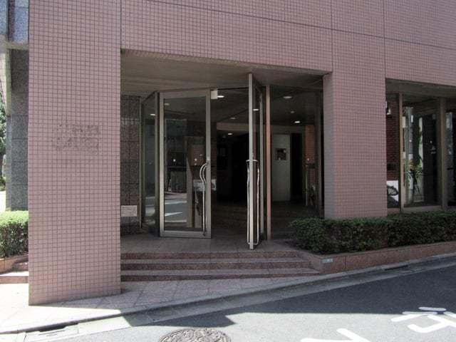 スカイコート学芸大学壱番館のエントランス