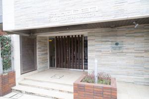 スタジオデン桜新町のエントランス