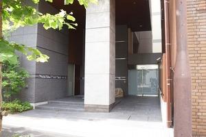 ルネ神田和泉町のエントランス