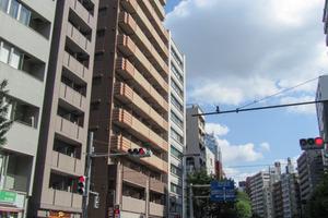メインステージ西新宿の外観