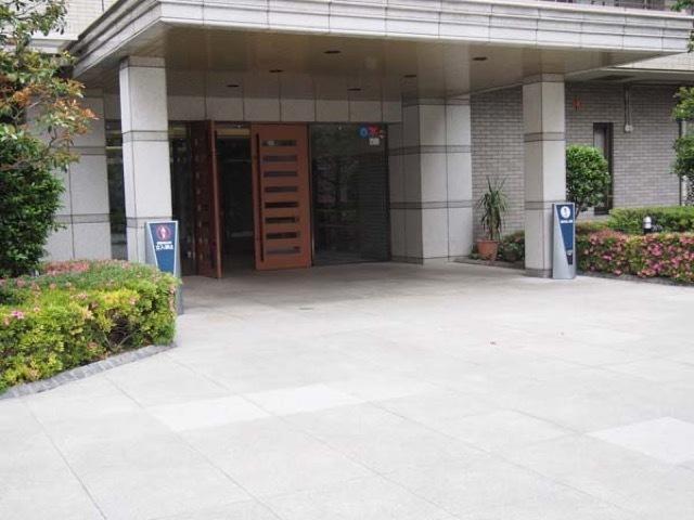 コスモ浅草桜橋リバーステージのエントランス