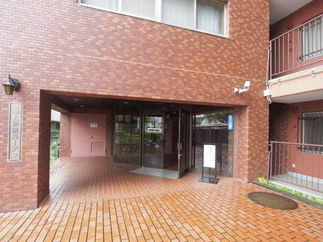 三田上板橋ガーデンのエントランス