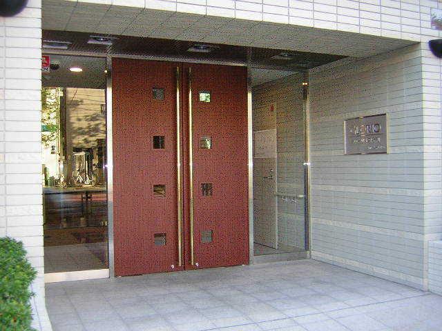 グローリオ錦糸町のエントランス