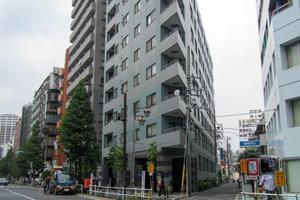 ヴィアシテラ新宿の外観