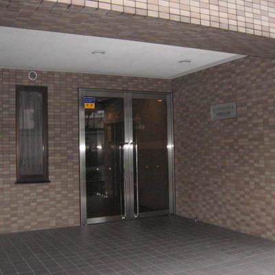 シーアイマンション中野富士見町のエントランス