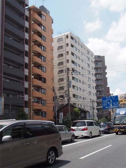 田端新町ロイヤルマンションの外観