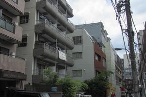 中銀マーブルマンシオン新宿5丁目の外観