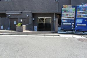 メインステージ中井駅前のエントランス