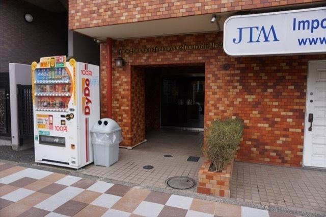 ライオンズマンション神奈川新町第2のエントランス